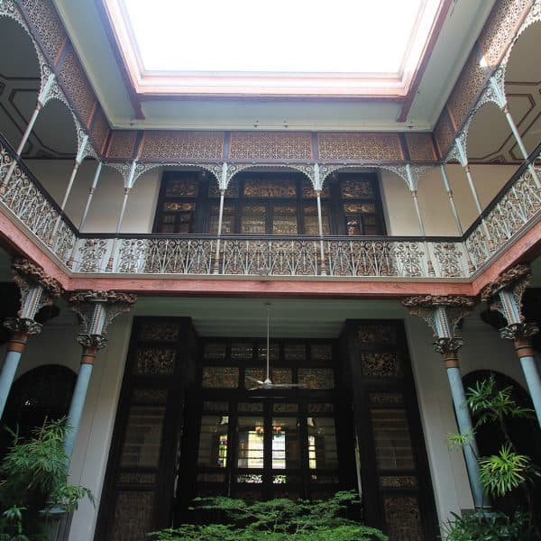 boutique-hotel-penang-island-blue-mansion-architecture-04-1_gc5ngr-600x600 Architecture