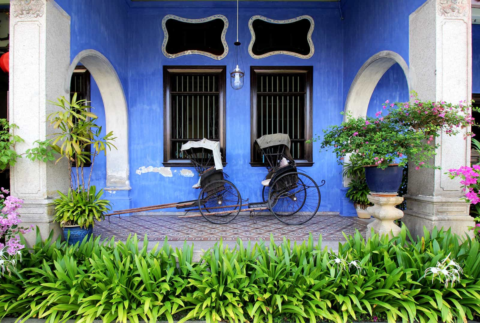 boutique-hotel-penang-island-blue-mansion-architecture-06-1_x4vh6i Courtyard