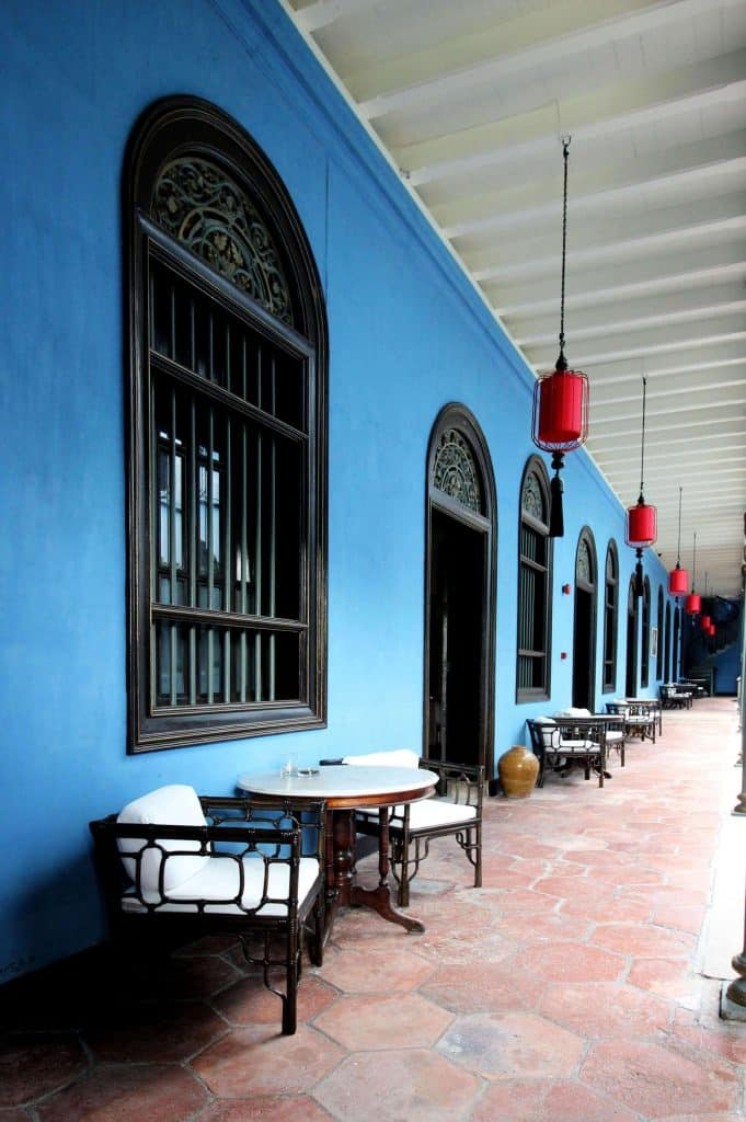 boutique-hotel-penang-island-blue-mansion-architecture-2-681x1024 Demo-Home